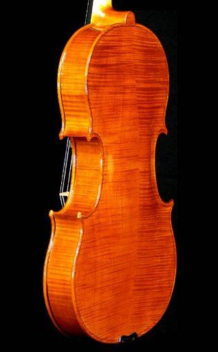 viola-bar-19-06-rs